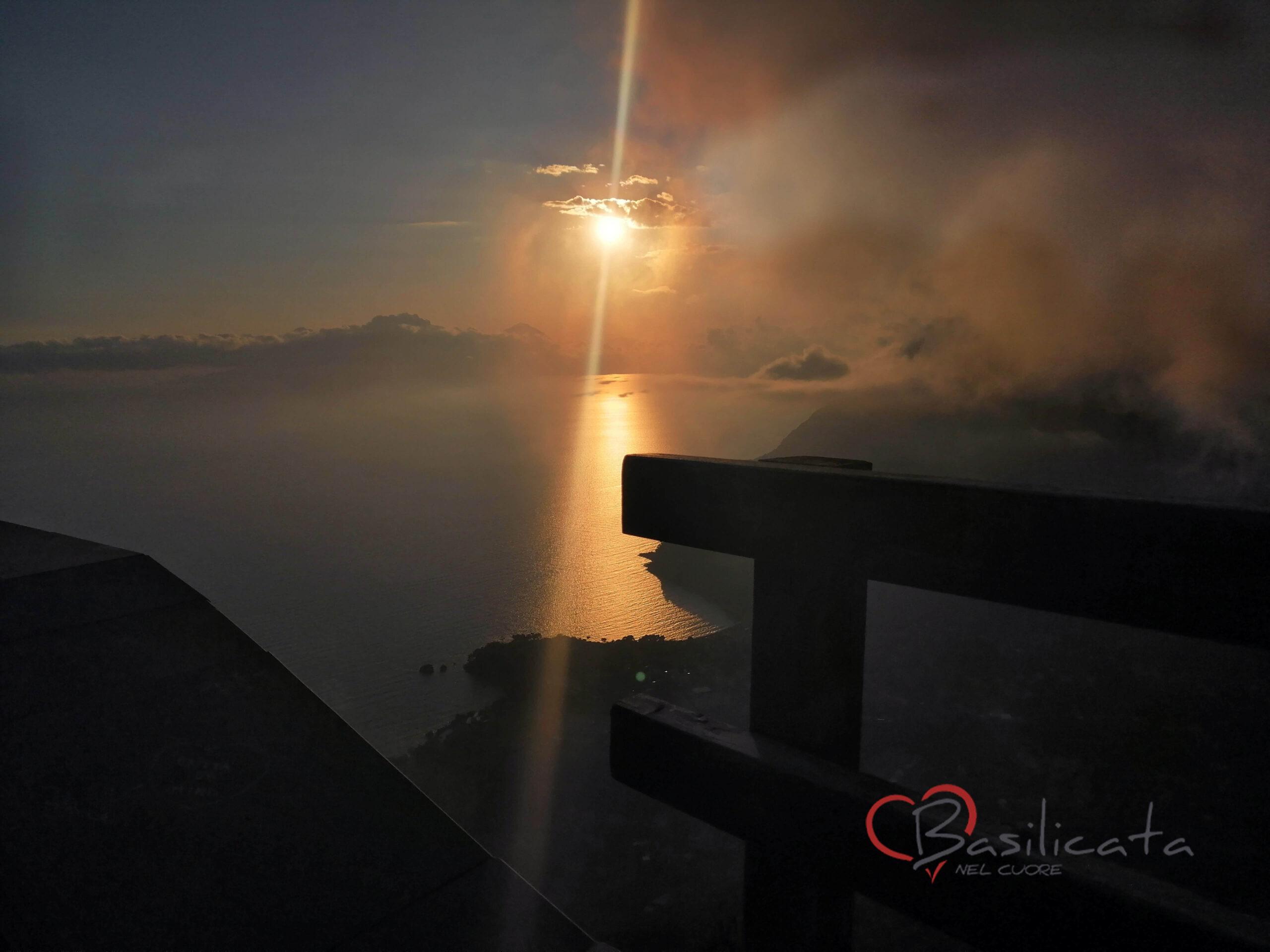 il tramonto a maratea