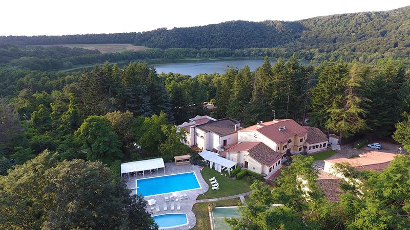 hotel borgo villa maria di monticchio